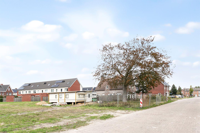 Bekijk foto 3 van René Smeetsstraat 8