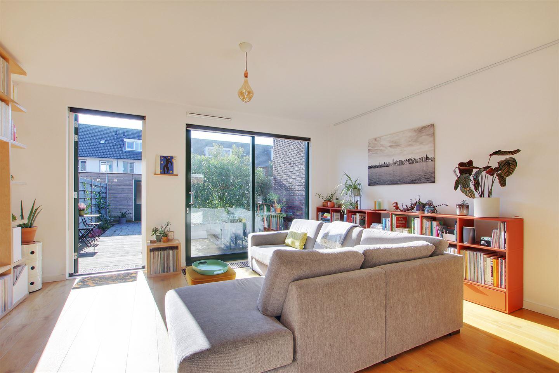 Bekijk foto 2 van C. Kruyswijkstraat 26