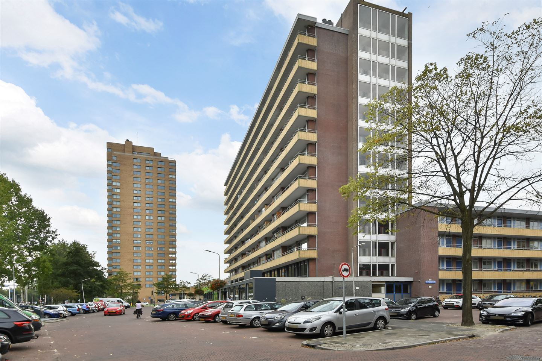 Bekijk foto 1 van Van Adrichemstraat 81
