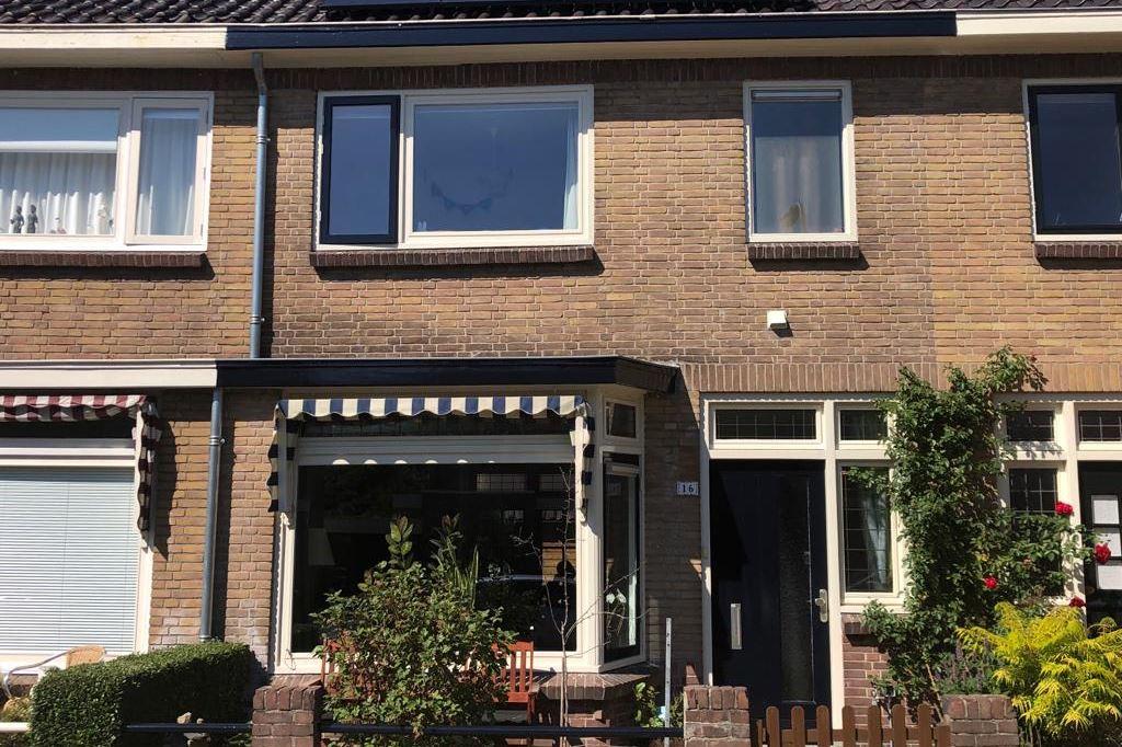 Bekijk foto 2 van Jan Steenstraat 16