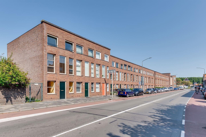 Bekijk foto 2 van Eemsteynstraat 63