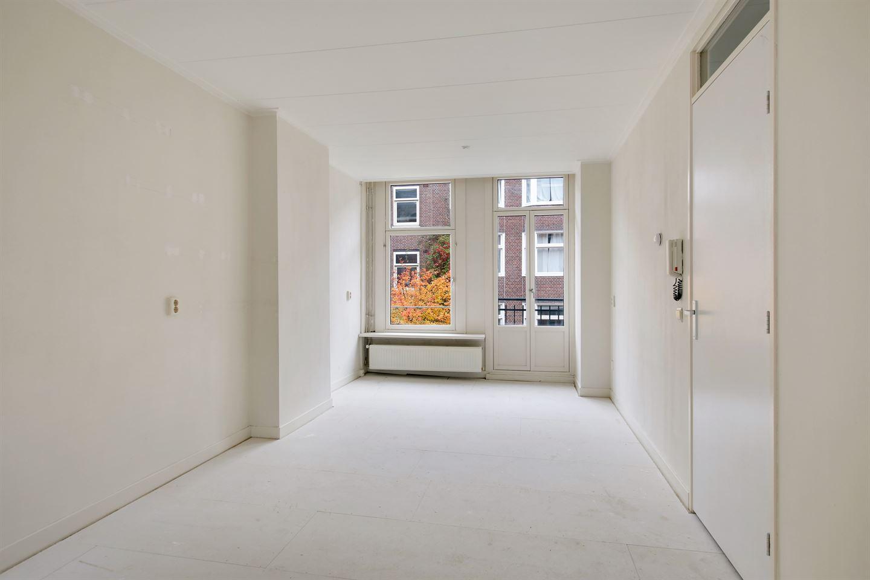 Bekijk foto 4 van Van Beuningenstraat 209 -2