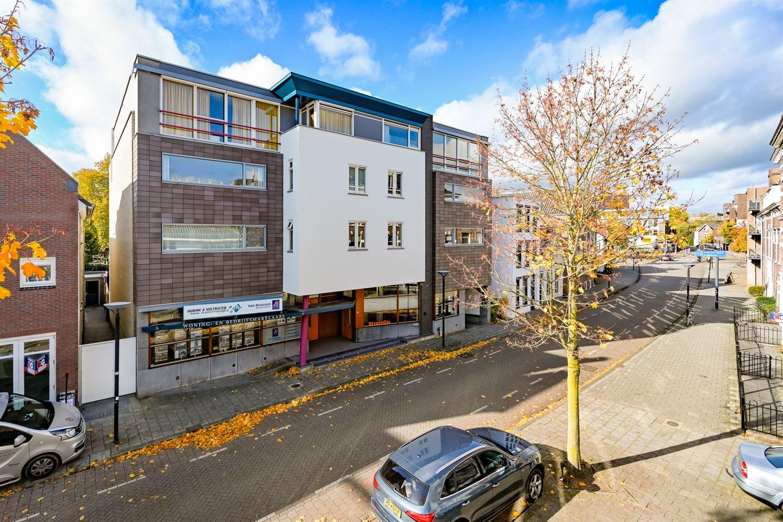 Bekijk foto 2 van Bergstraat 28 -30