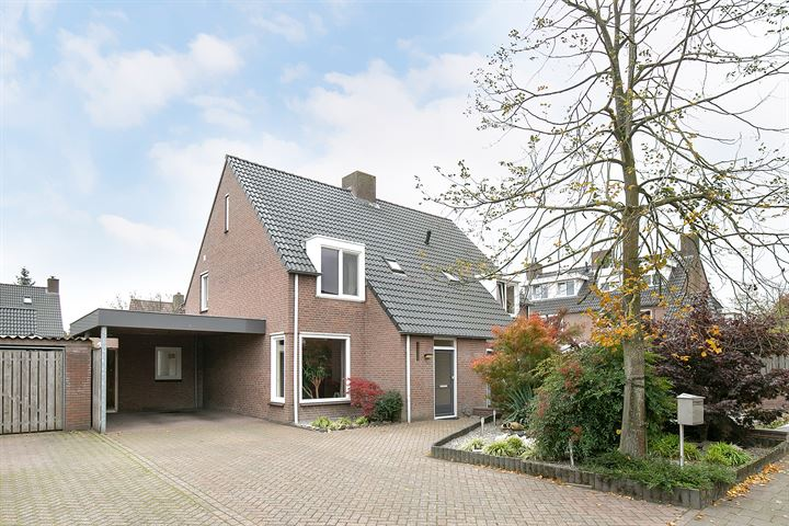 Ridder van Dinterstraat 24