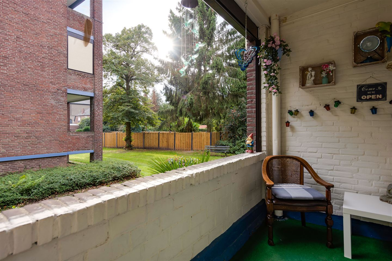 Bekijk foto 2 van Schaekenstraat 52