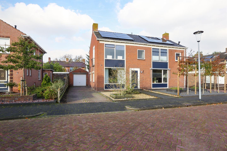 Bekijk foto 2 van Marijkestraat 4