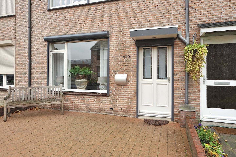 Bekijk foto 3 van Bisschop Hoensbroeckstraat 113