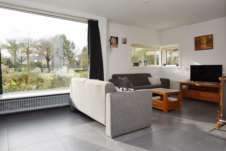 View photo 2 of De Wieken 16