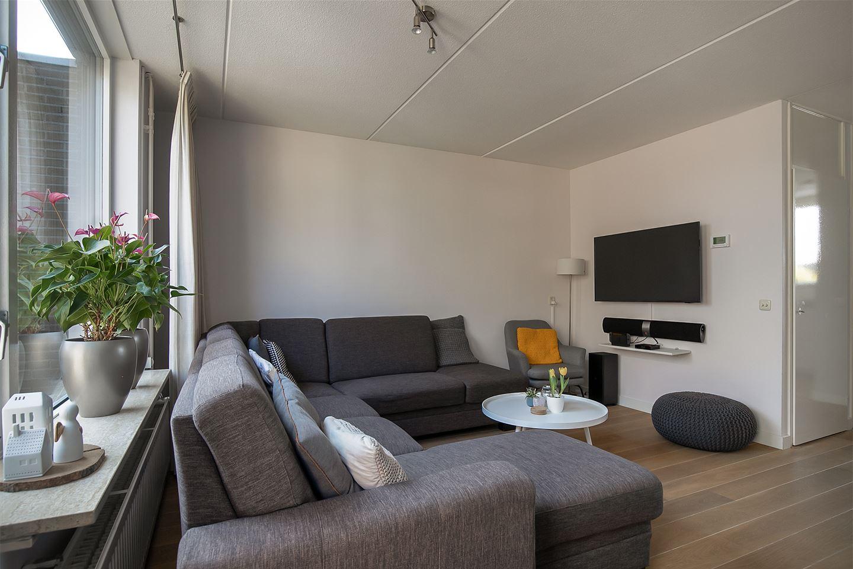 Bekijk foto 3 van Izak van der Horststraat 9