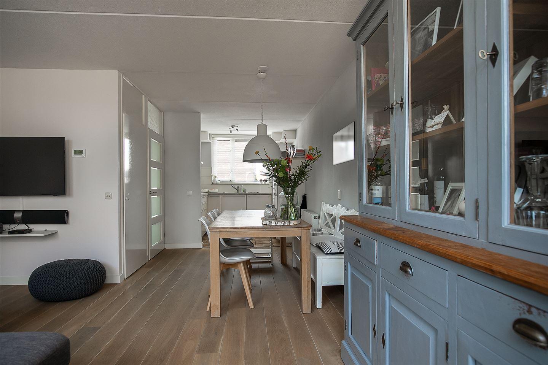 Bekijk foto 4 van Izak van der Horststraat 9