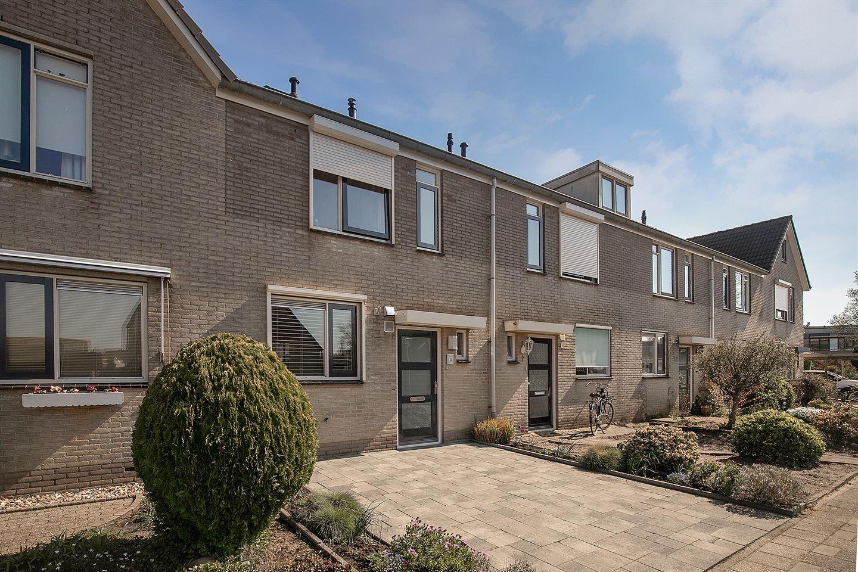 Bekijk foto 1 van Izak van der Horststraat 9
