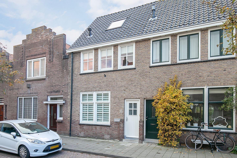 Bekijk foto 1 van Duijvendrechtstraat 35