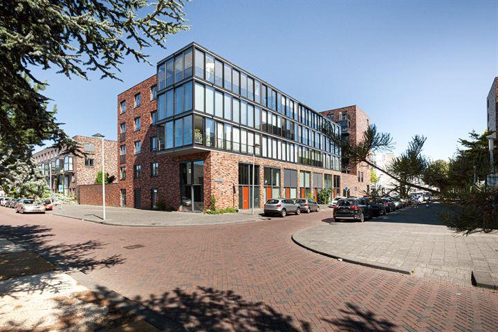 W.G. Witteveenplein 103