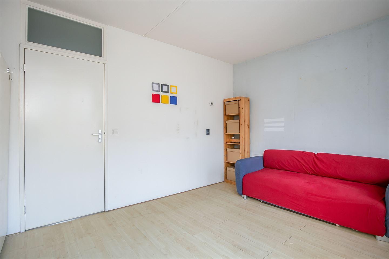 Bekijk foto 3 van Van Leeuwenhoekstraat 48