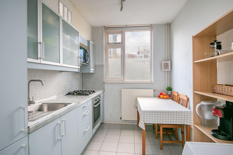 Bekijk foto 5 van Van Leeuwenhoekstraat 48
