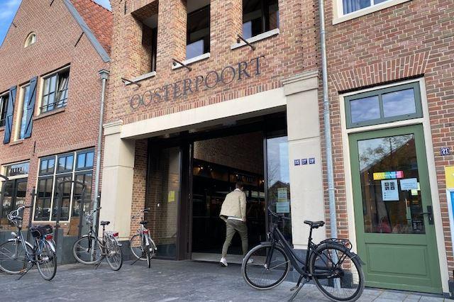 Bekijk foto 5 van Molenplein 19