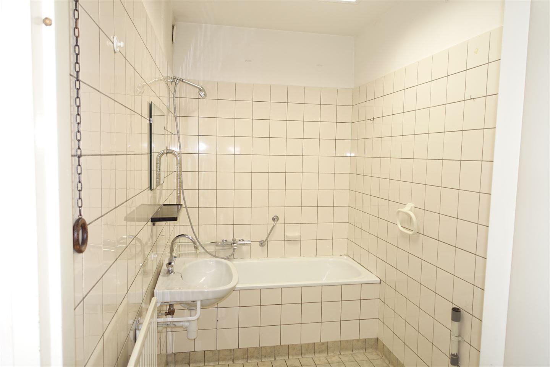 View photo 5 of Hofstraat 92