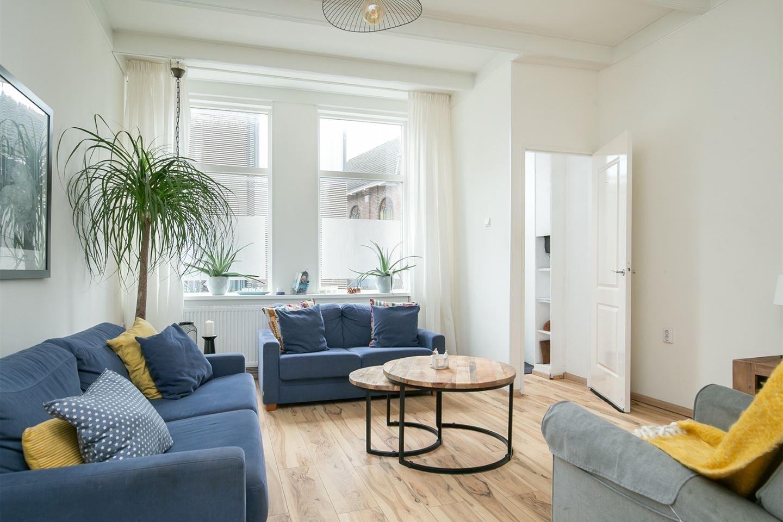 View photo 2 of Oostwijkstraat 93