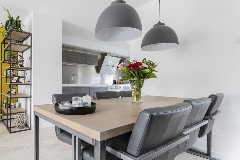 Bekijk foto 2 van Hendrik de Vriesstraat 1