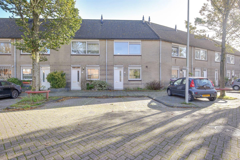 Bekijk foto 2 van Pieter A. van Heijningestraat 18