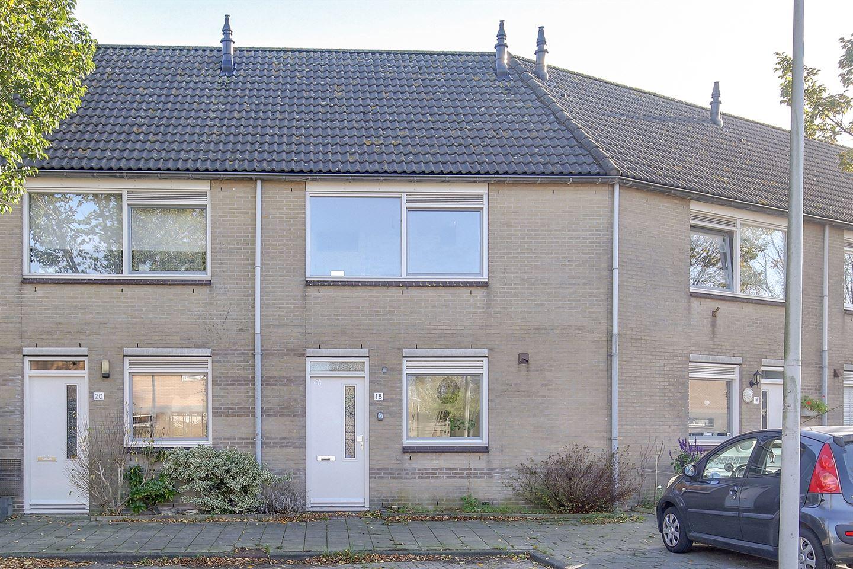 Bekijk foto 1 van Pieter A. van Heijningestraat 18