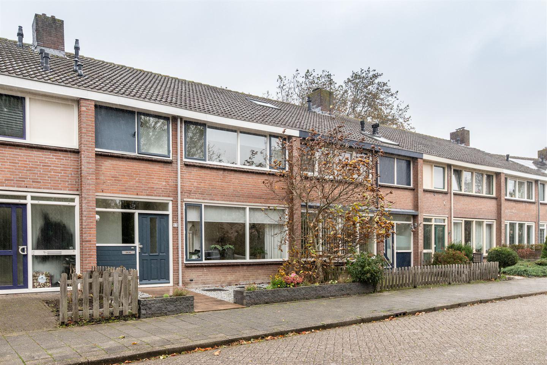Bekijk foto 1 van Cornelis Haringhuizenlaan 97