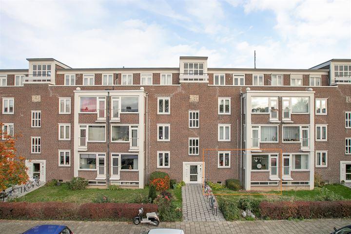 Adelbert van Scharnlaan H 8