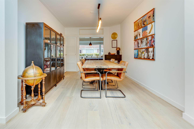Bekijk foto 2 van Van Meursstraat 53