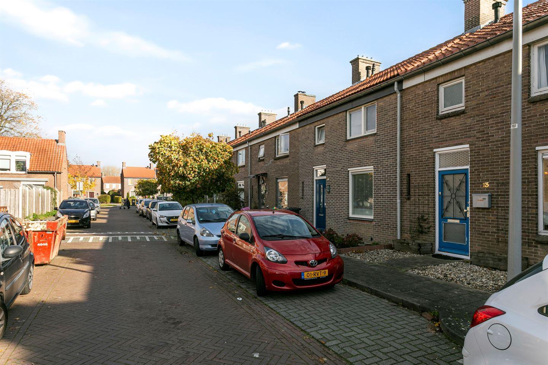 Bekijk foto 1 van Kruizemuntstraat 13