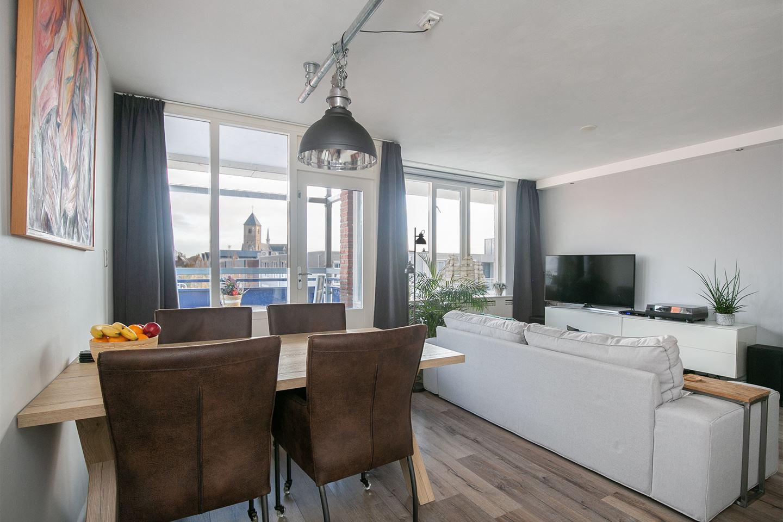 Bekijk foto 2 van Willem van Hooffstraat 77