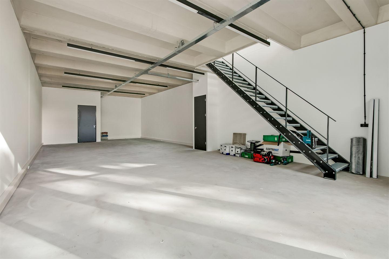 View photo 3 of Verrijn Stuartweg 3-5