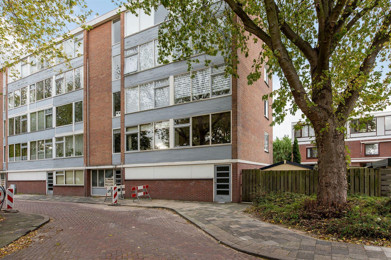 Bekijk foto 1 van Zeemanstraat 68