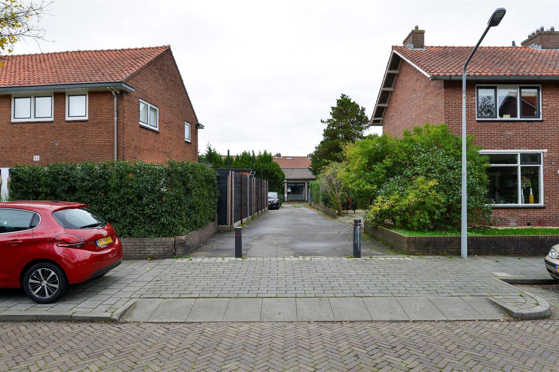 Bekijk foto 2 van Van Musschenbroekstraat 31 a