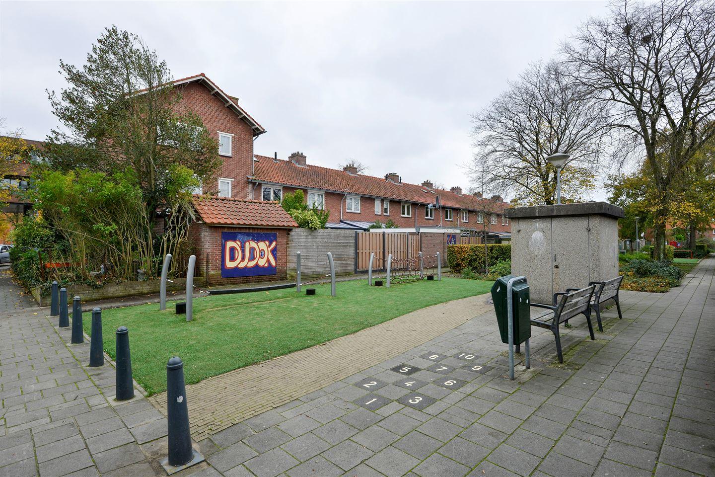 Bekijk foto 5 van Van Musschenbroekstraat 31 a
