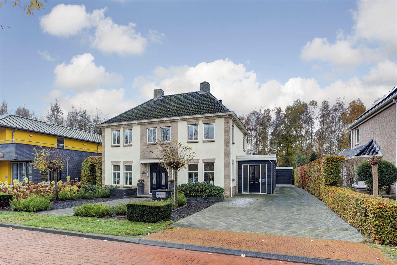Bekijk foto 1 van Willem de Zwijgerlaan 44