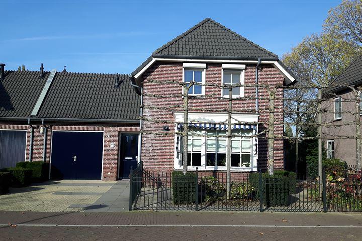 Van Irhovenstraat 8 a