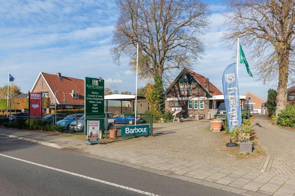 Bekijk foto 1 van Rijksweg 19