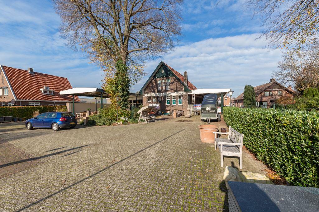 Bekijk foto 3 van Rijksweg 19