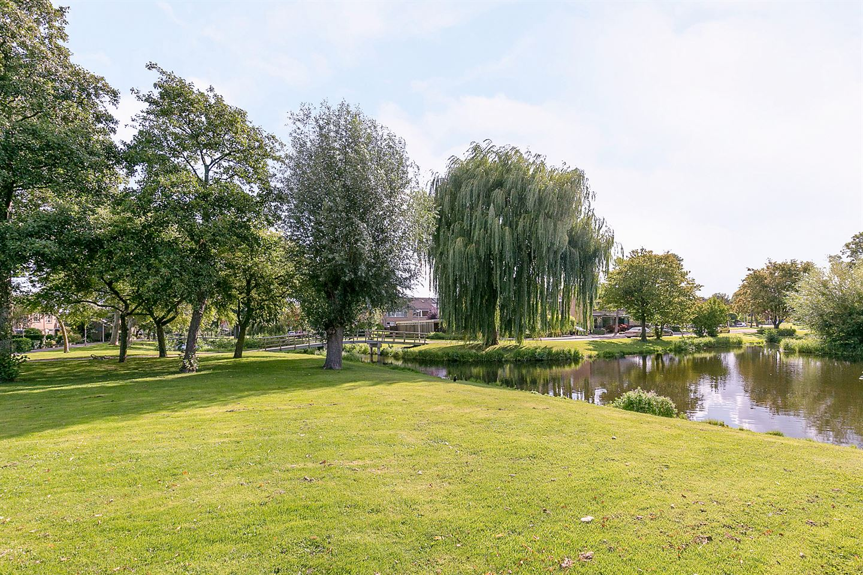 Bekijk foto 3 van Idenburgplein 4