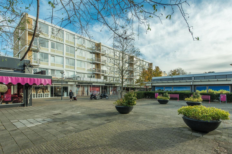 Bekijk foto 2 van Lorentzplein 26 - 27