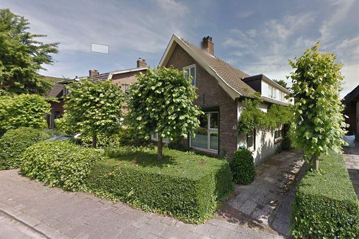 Reinaldstraat 43