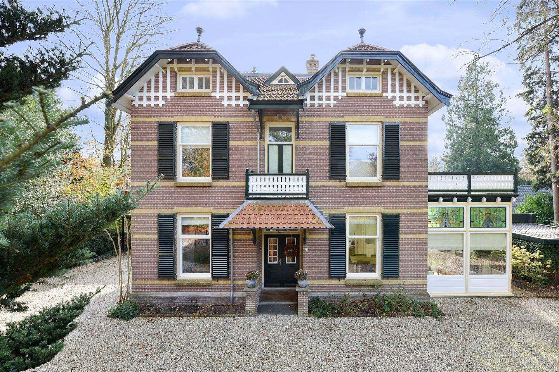 Bekijk foto 2 van Hertog Hendriklaan 15