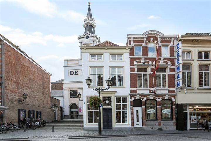 Grote Markt 33, Bergen op Zoom