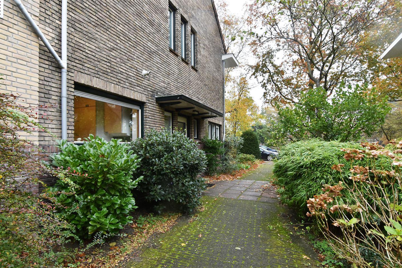 Bekijk foto 3 van Burchtplein 4