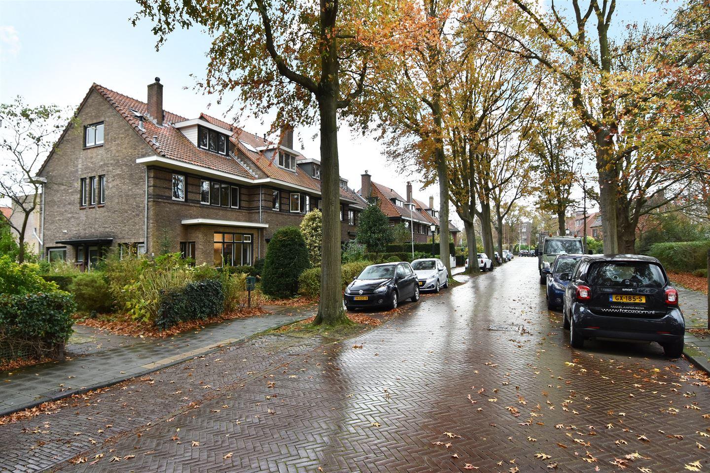 Bekijk foto 2 van Burchtplein 4