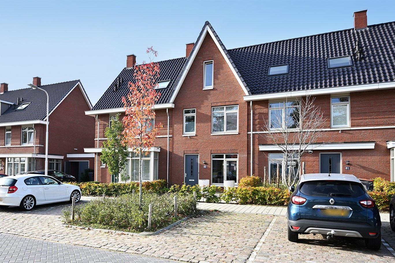 Bekijk foto 1 van Bernard Leenestraat 63