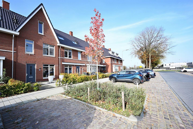 Bekijk foto 3 van Bernard Leenestraat 63