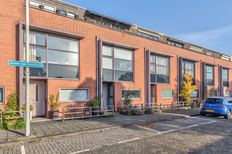 Bekijk foto 1 van Annie van Eesstraat 29