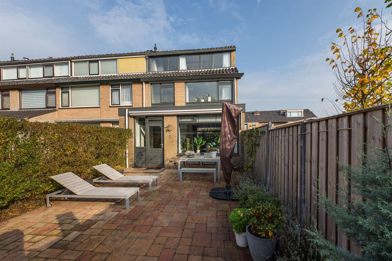 Bekijk foto 5 van Van der Helstplein 8