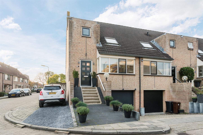 Bekijk foto 3 van Johan de Ridderlaan 13